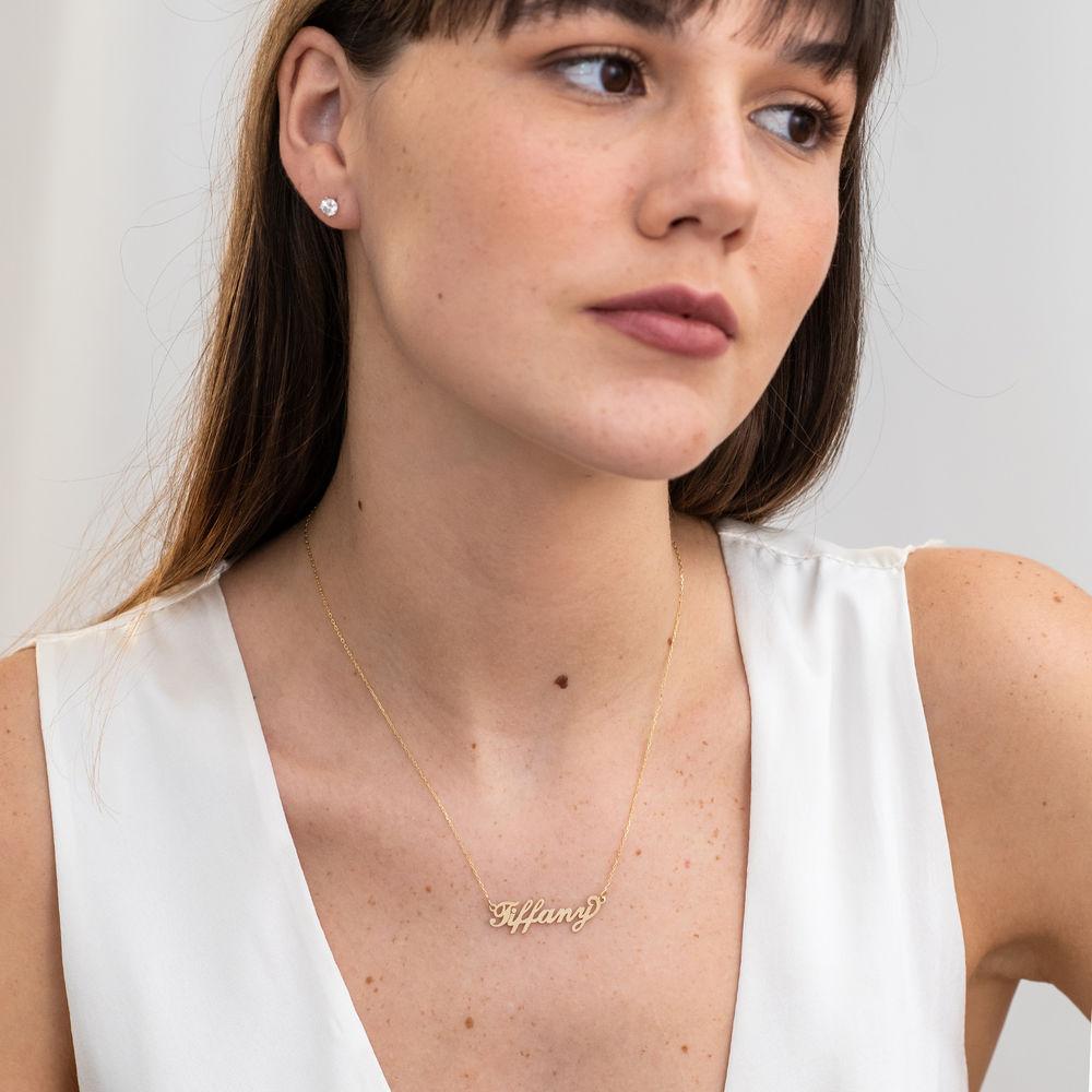 """Collana con nome personalizzato con ciondolo piccolo stile """"Carrie"""" in oro 14k - 1"""