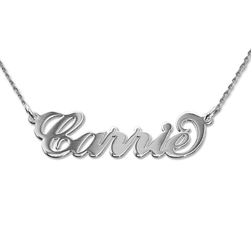 """Piccola collana con nome stile """"Carrie"""" in oro bianco 14K e catenina a corda"""