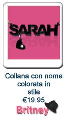 Collana con nome colorata in stile Britney Spears