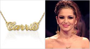 Cheryl Cole con Collana con nome personalizzato stile Carrie in argento placcato oro 18k