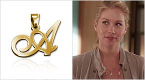 Christina Applegate con Pendente con iniziale in Argento placcato Oro 18K