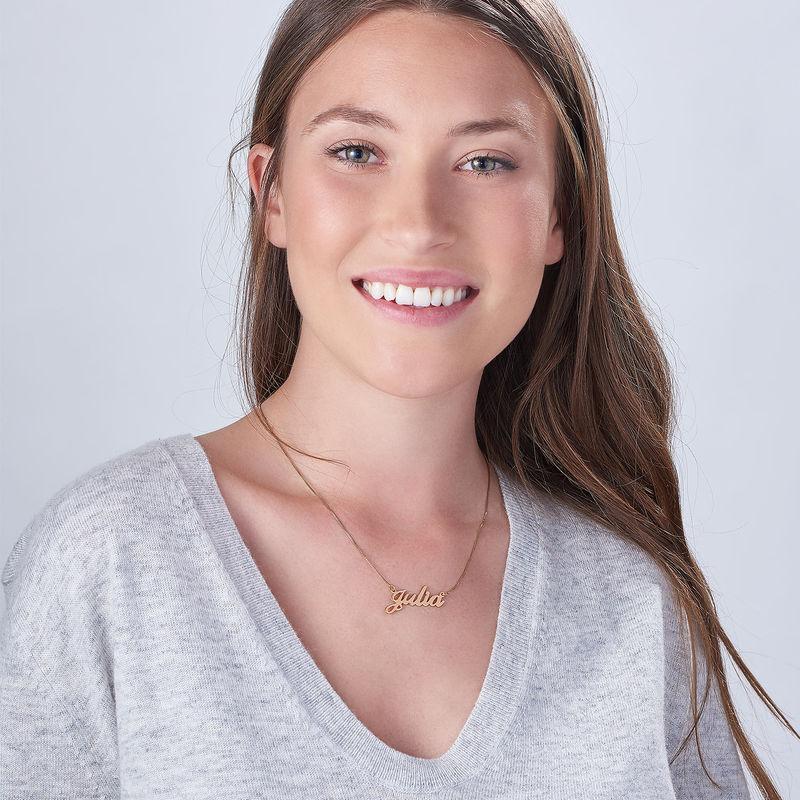 Collar Clásico con Nombre Fuente Clásica Chapado en Oro Rosa 18k - 2