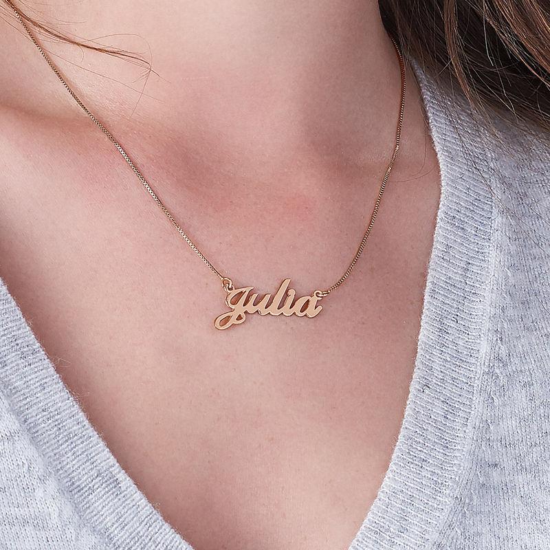 Collar Clásico con Nombre Fuente Clásica Chapado en Oro Rosa 18k - 3
