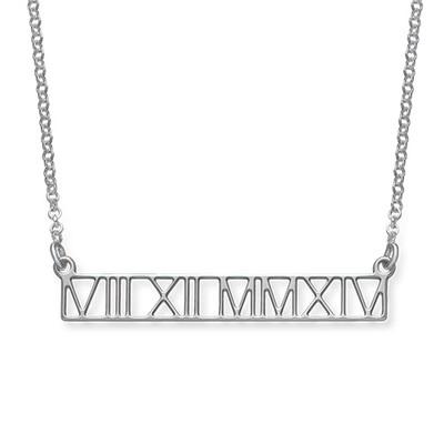 Collar de barra con Números Romanos - diseño calado