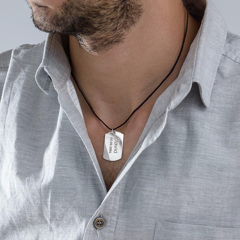 Collar con Placa de Identidad en Plata - 1