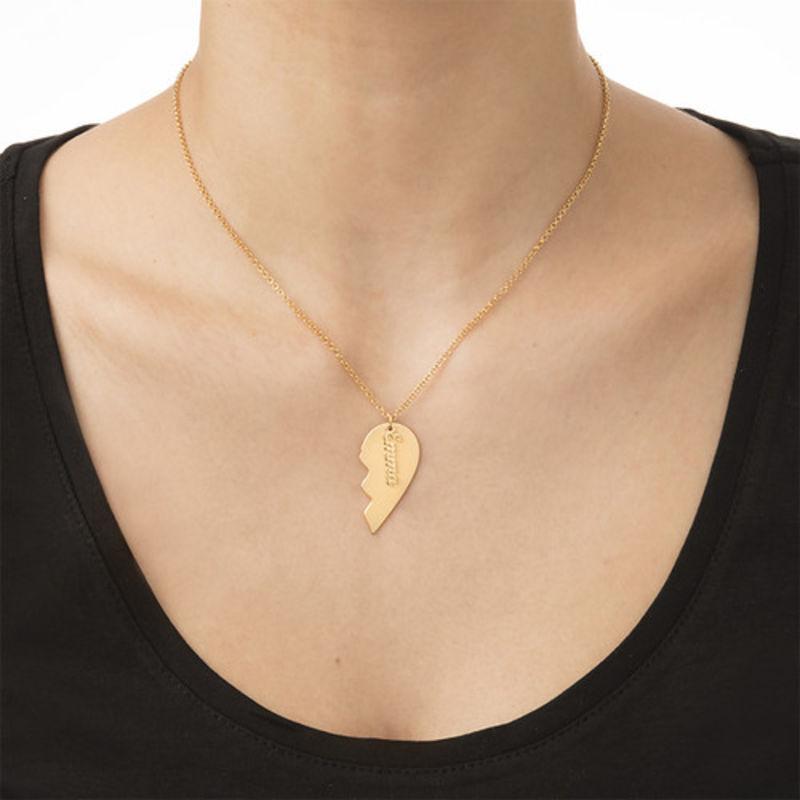 Collar Corazón de Parejas Grabado en Chapa de Oro Mate - 3