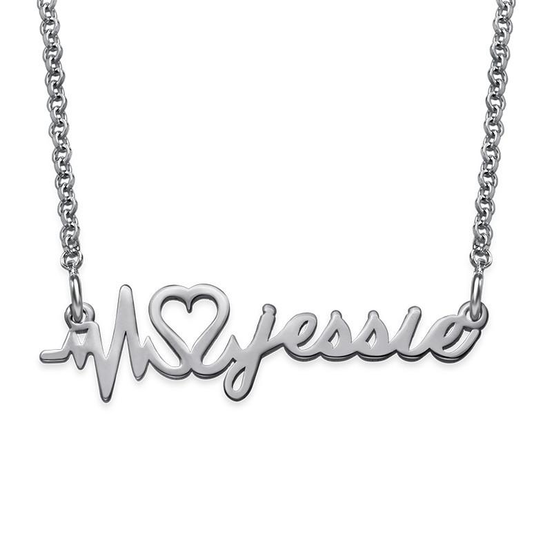 Collar Latido de Corazón Personalizado con Nombre