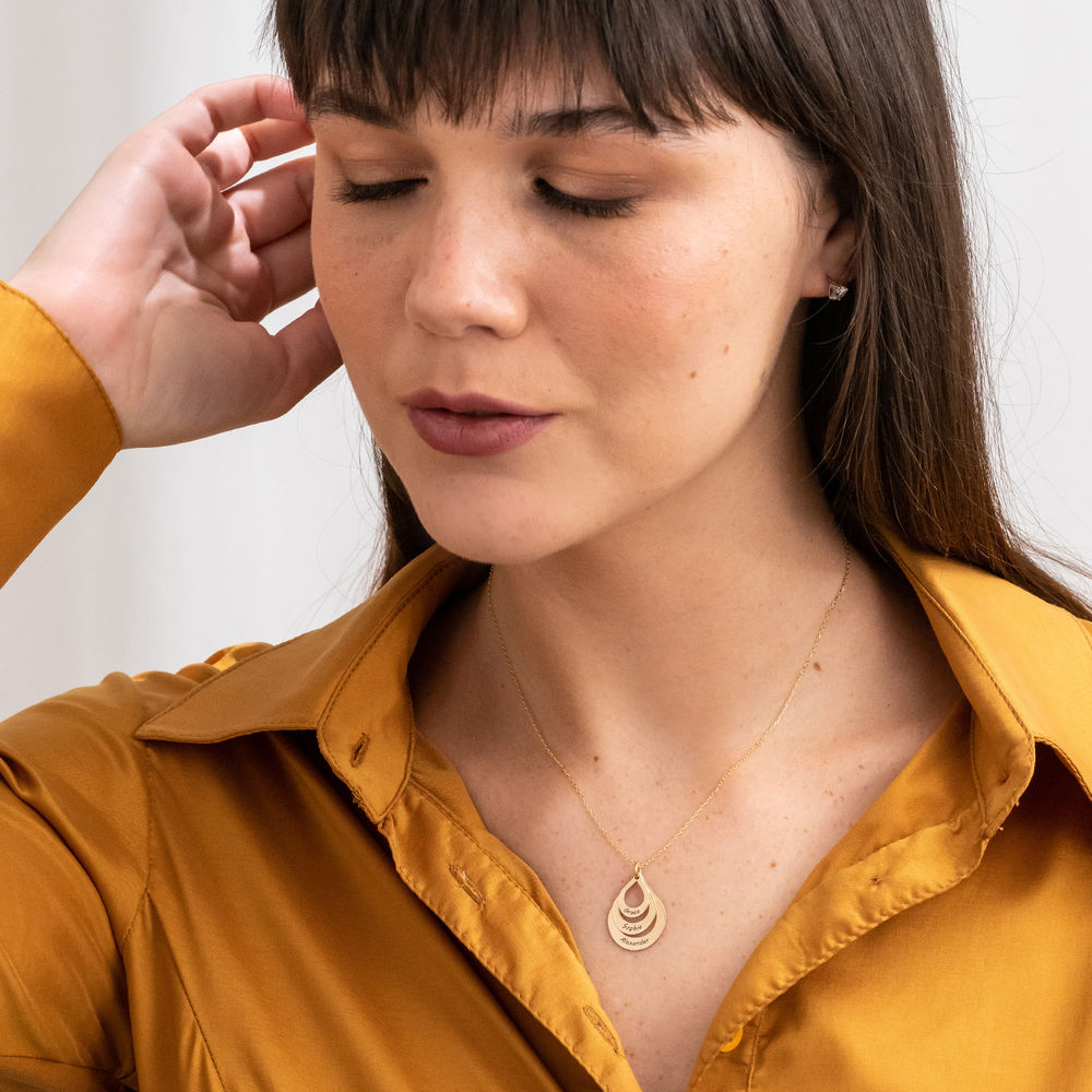 Collar de Gota de la Familia Grabada en oro 10k - 4