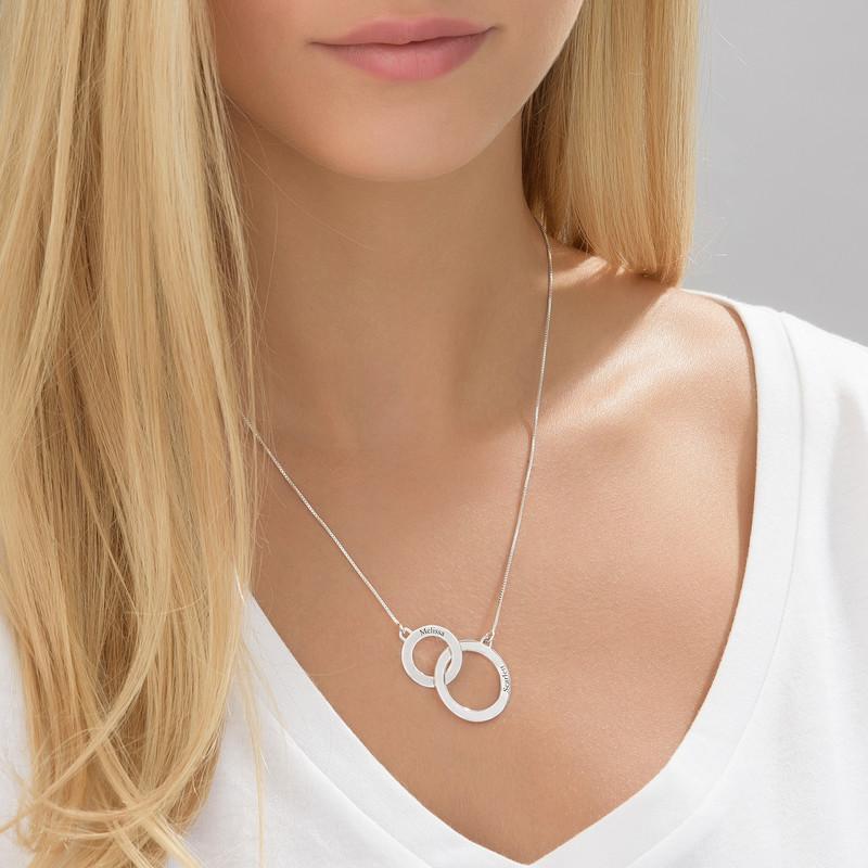 Collar Círculos de Eternidad grabado en plata - 1