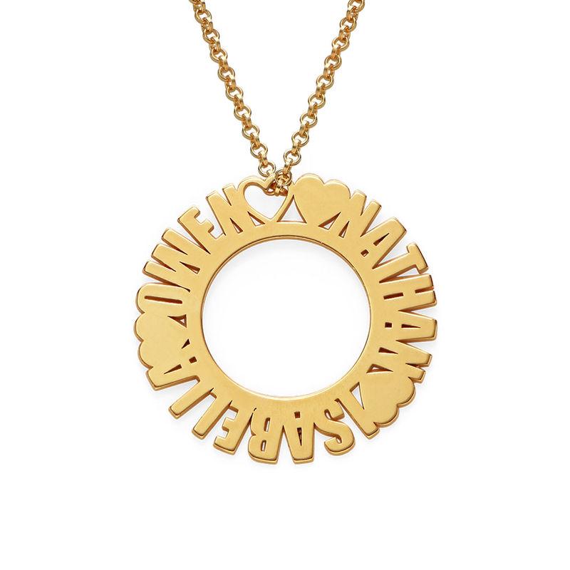 Collar con Nombre en Círculo Chapado en Oro
