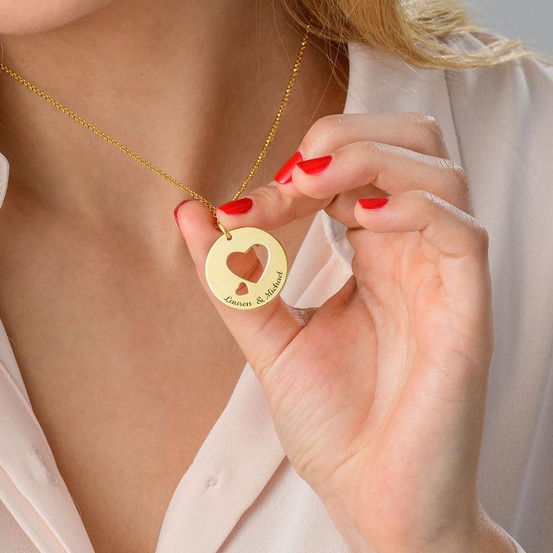 Collar círculo de amor chapado en oro - 4