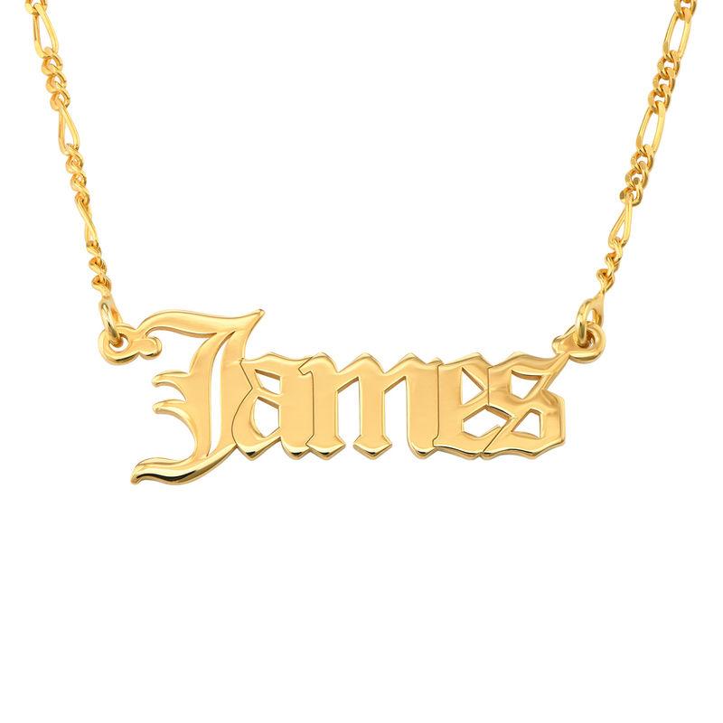 Collar con nombre gótico personalizado en oro
