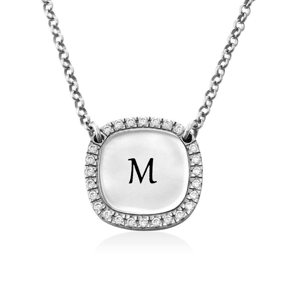 Collar con medalla rectangular grabada con circonia cúbica en plata - 1