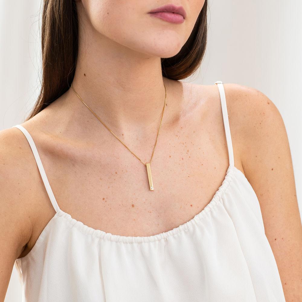 Collar vertical de barra 3D en chapa de oro 18k con diamante - 4
