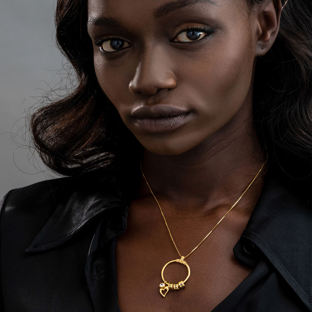 Linda Collar con colgante circular con hoja y perlas personalizadas™ Chapado en Oro 18K - 4