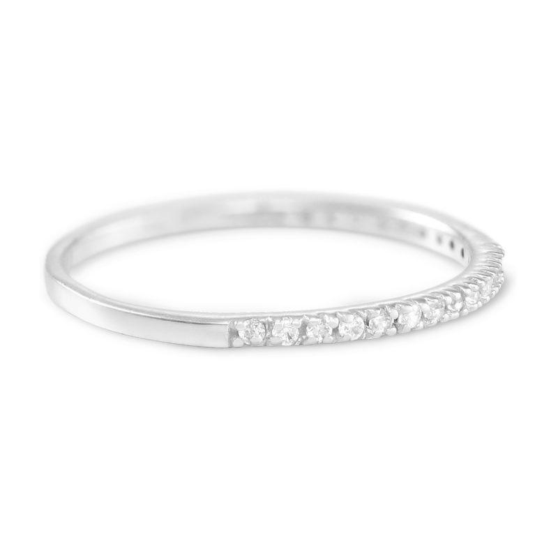 Delicado anillo con circonia cúbica en plata 925 - 1