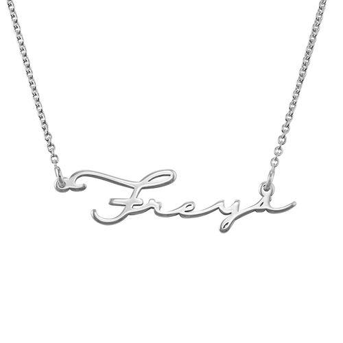 7edc28cf6c Collar con nombre en Firma - Colección Siguiente Generación | My ...