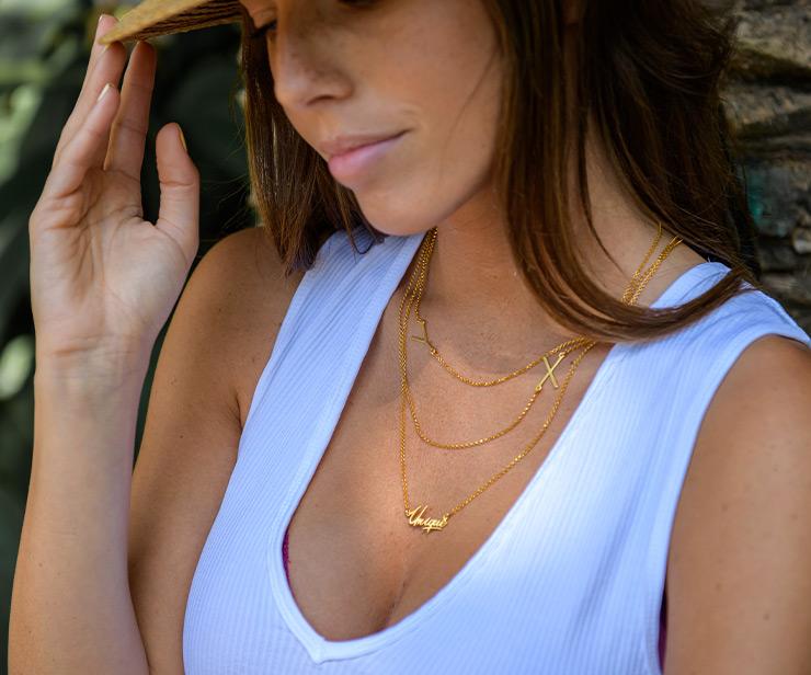 De nieuwe sieradentrend: Gelaagde kettingen en Stapelringen