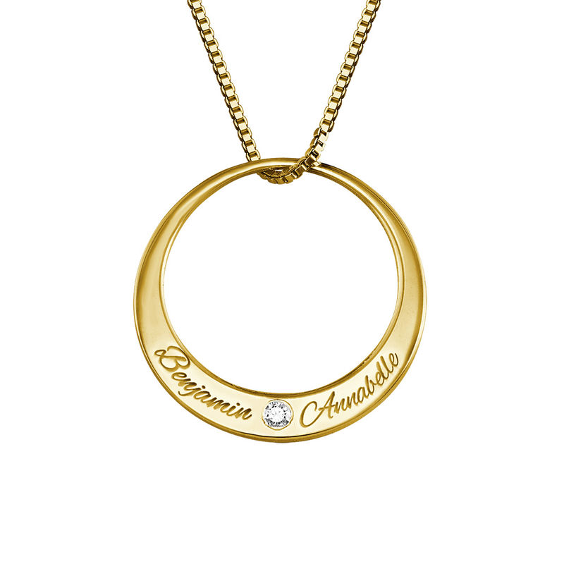 Vergulde cirkel ketting met diamant