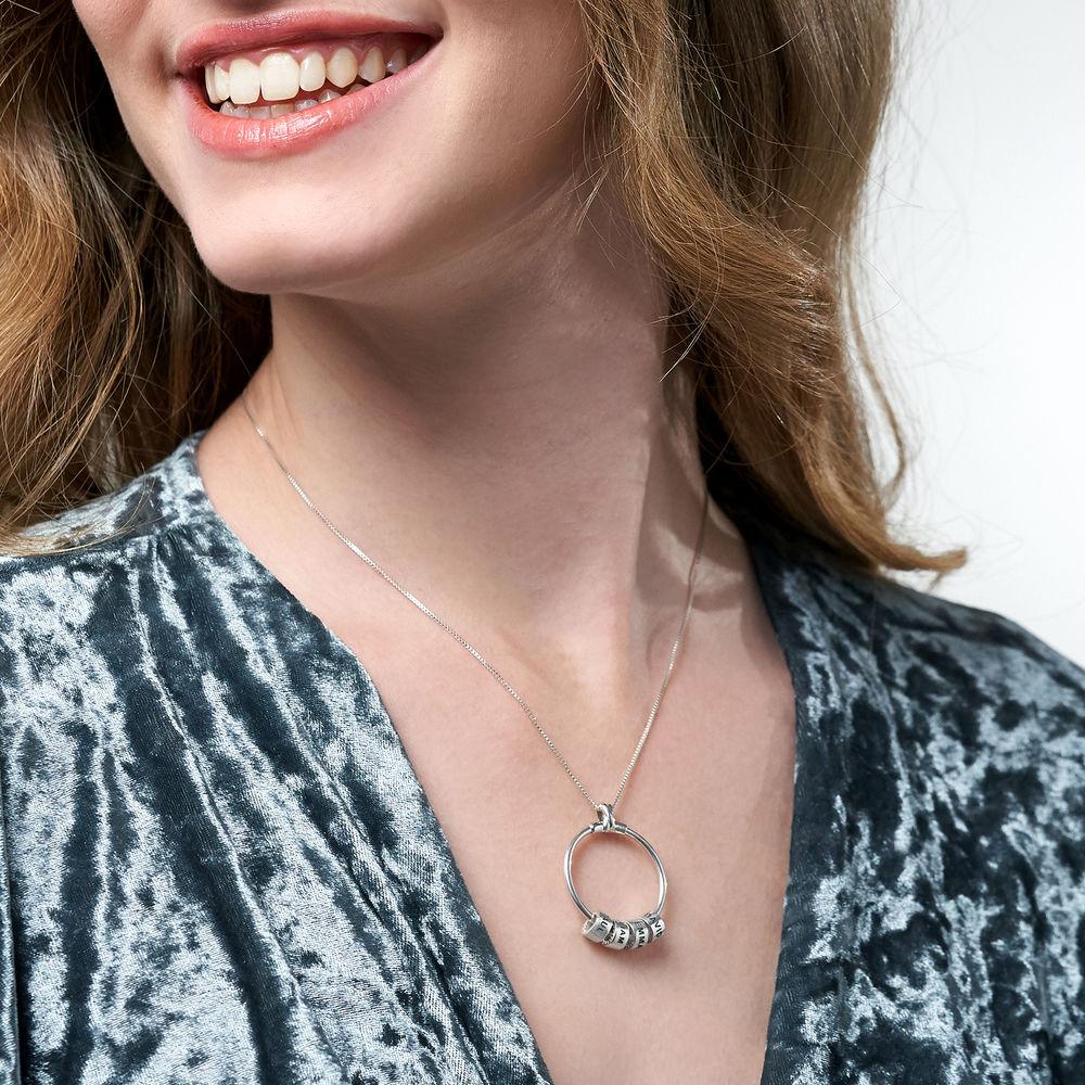 Gegraveerde Cirkel Hanger Linda ™ Ketting met blad en persoonlijke kralen in Sterling Zilver - 6