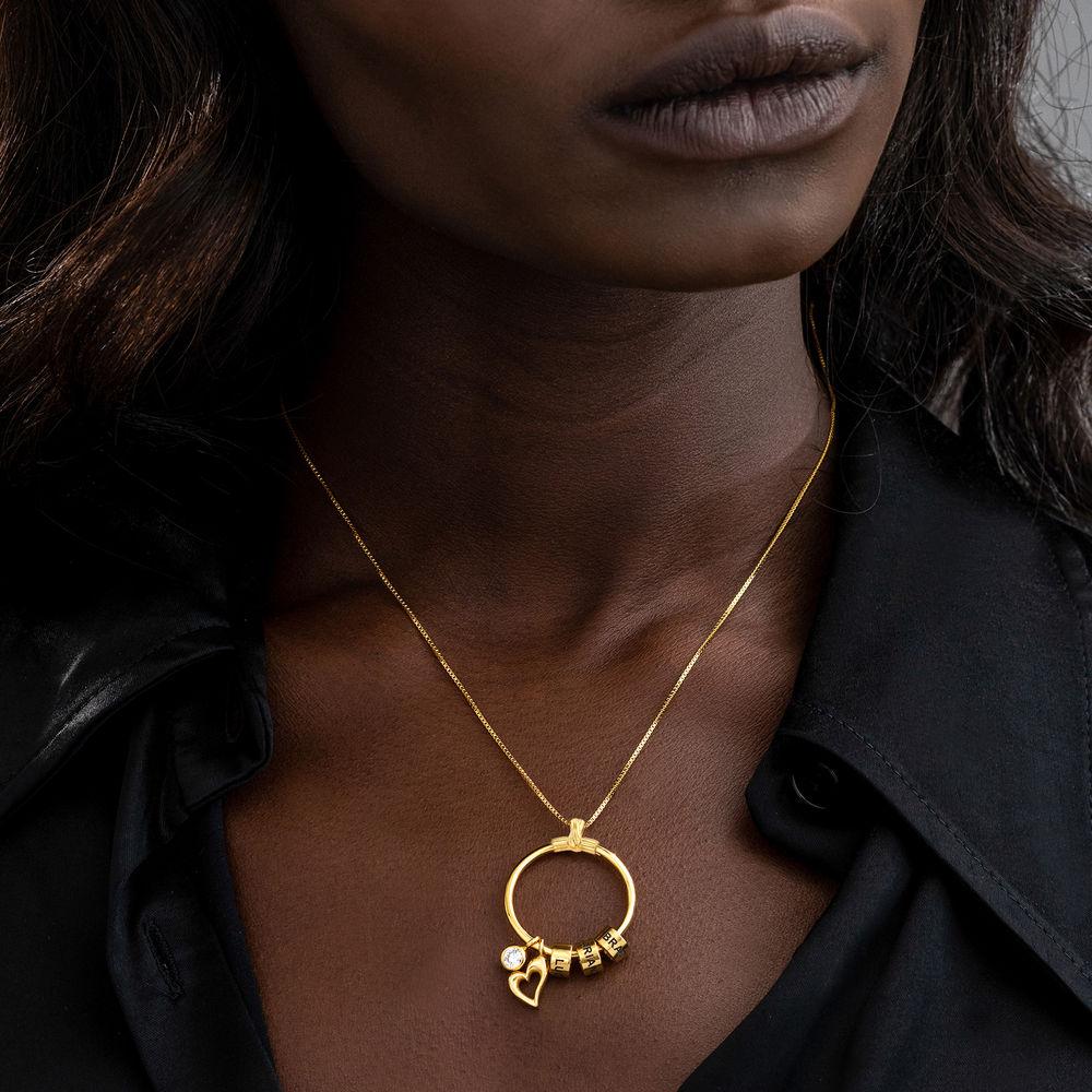 Gegraveerde Cirkel Hanger Linda ™ Ketting met blad en persoonlijke kralen in 18K Goud Verguld met diamanten - 3