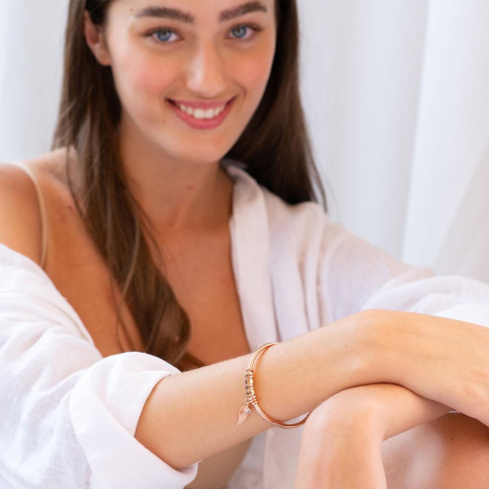 Gegraveerde Cirkel Hanger Linda™ Armband met Blad en Persoonlijke Kralen in 18K Rosé Goud Verguld - 4