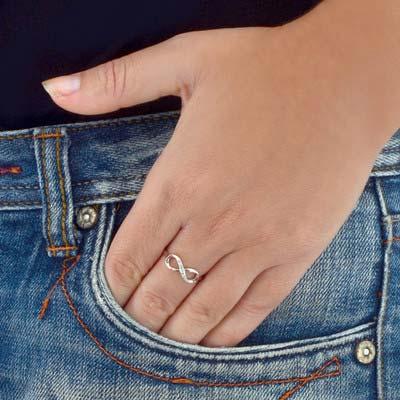 Kubische Zirkonia Infinity Symbool Ring in 925 Zilver - 2