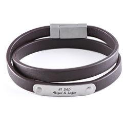 Gegraveerde heren armband en zwart leer product photo