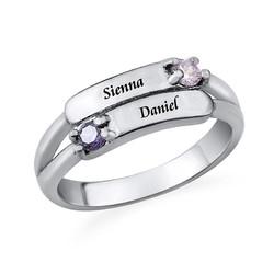Gegraveerde Dubbele Geboortesteen Ring Productfoto