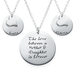 Moeder-Dochter Cadeau – Set van Drie Gegraveerde Kettingen Productfoto