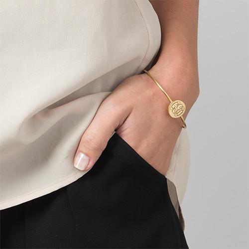 Ronde Monogram Bangle Armband in Goudkleur - 2