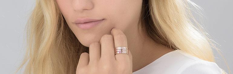 Ringen stapelen in stijl