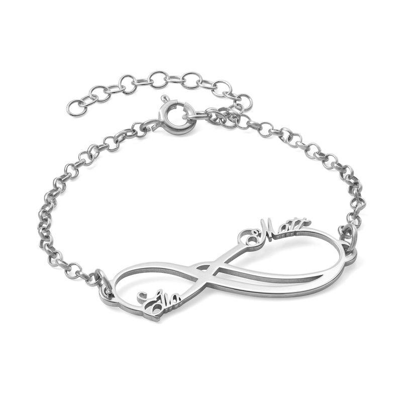 Infinity-armbånd med to navn - 14K hvitt gull