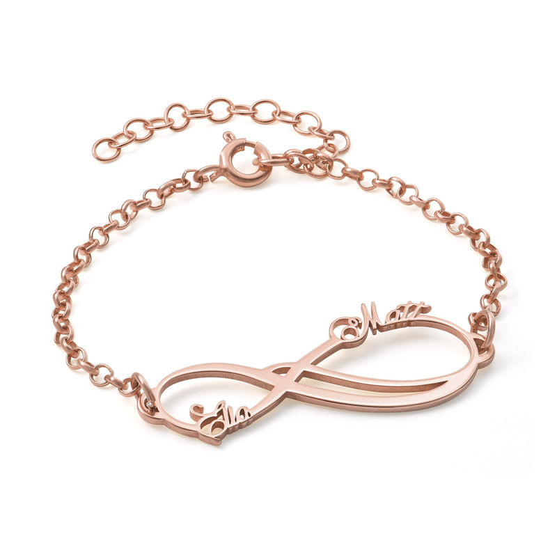Roseforgylt infinity-armbånd med to navn