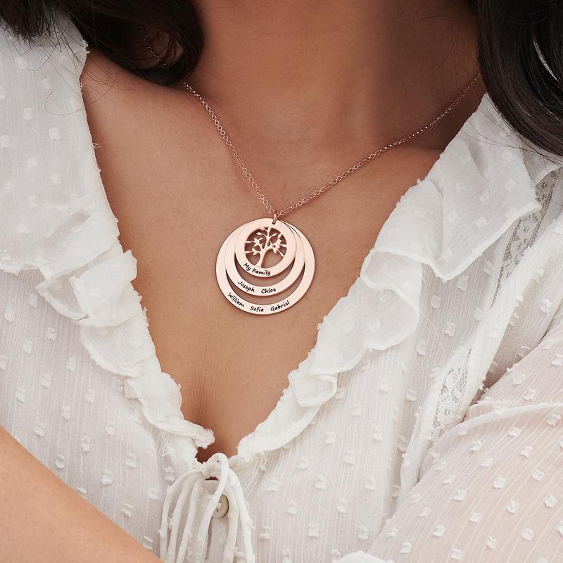 Rundt familie smykke med livets træ i rosaforgyldt sølv - 3
