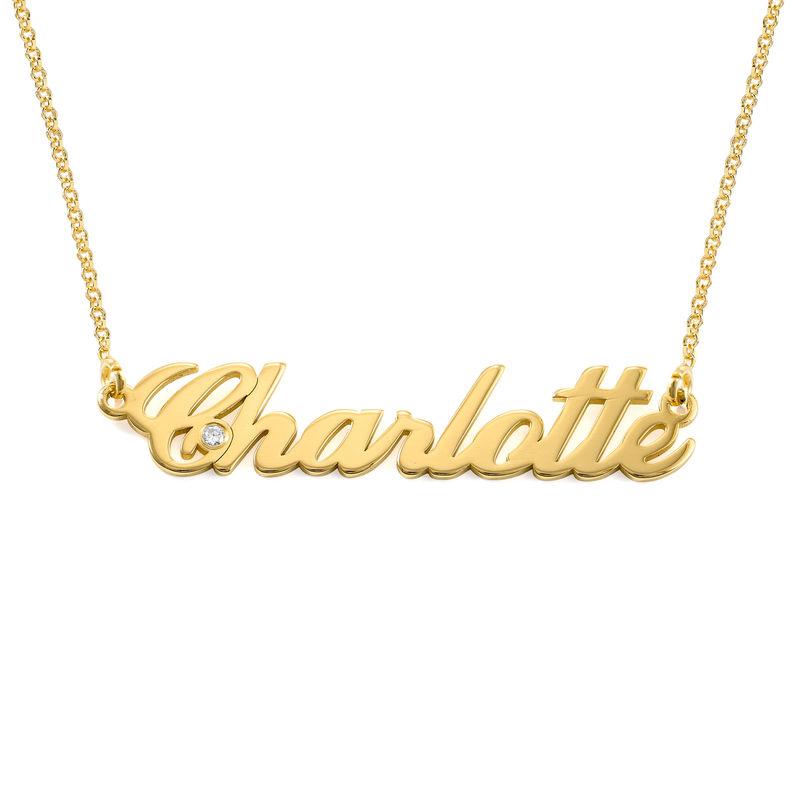 Lite klassiskt navnesmykke i gull vermeil med diamant - 1