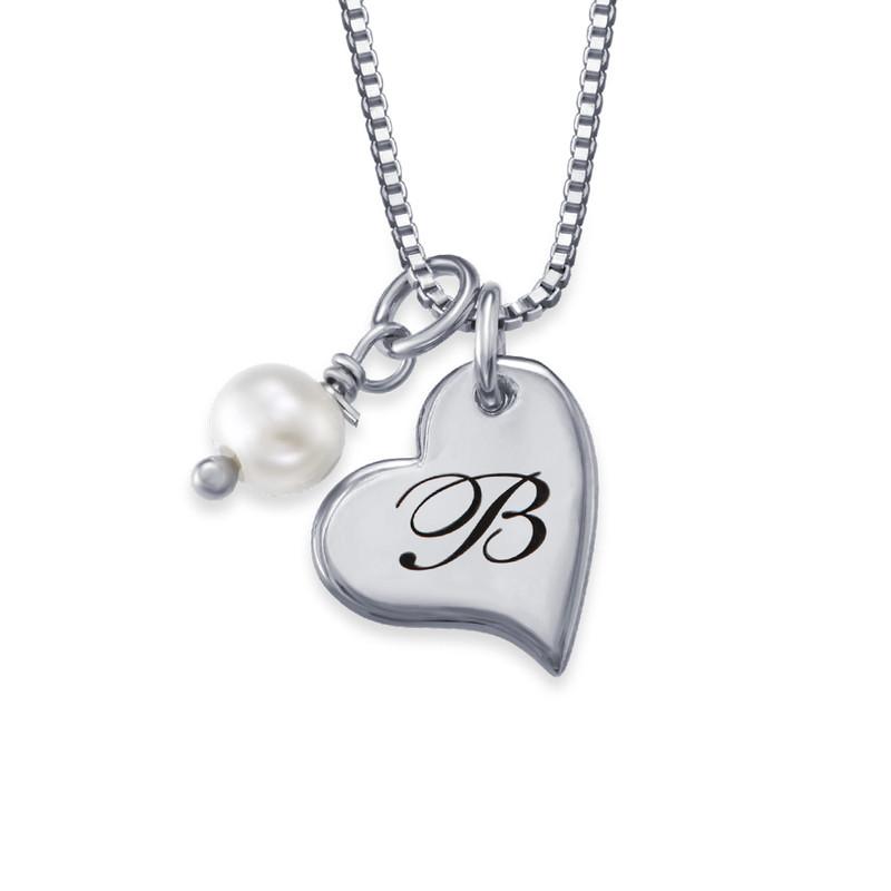 Hjertesmykke med bokstav og perle i sølv