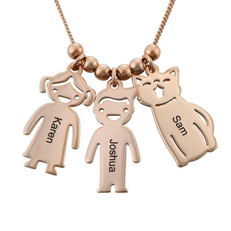 Morssmykke med graverte barnecharms og katt-og-hund-charms i rosegullbelegg - 4