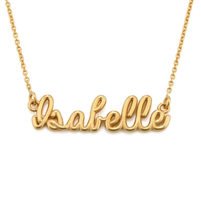Gullbelagt smykke med håndskrevet navn