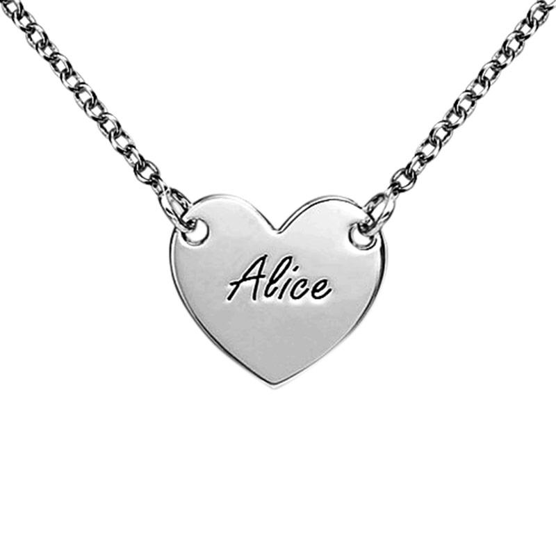 Gravert hjertesmykke i sølv