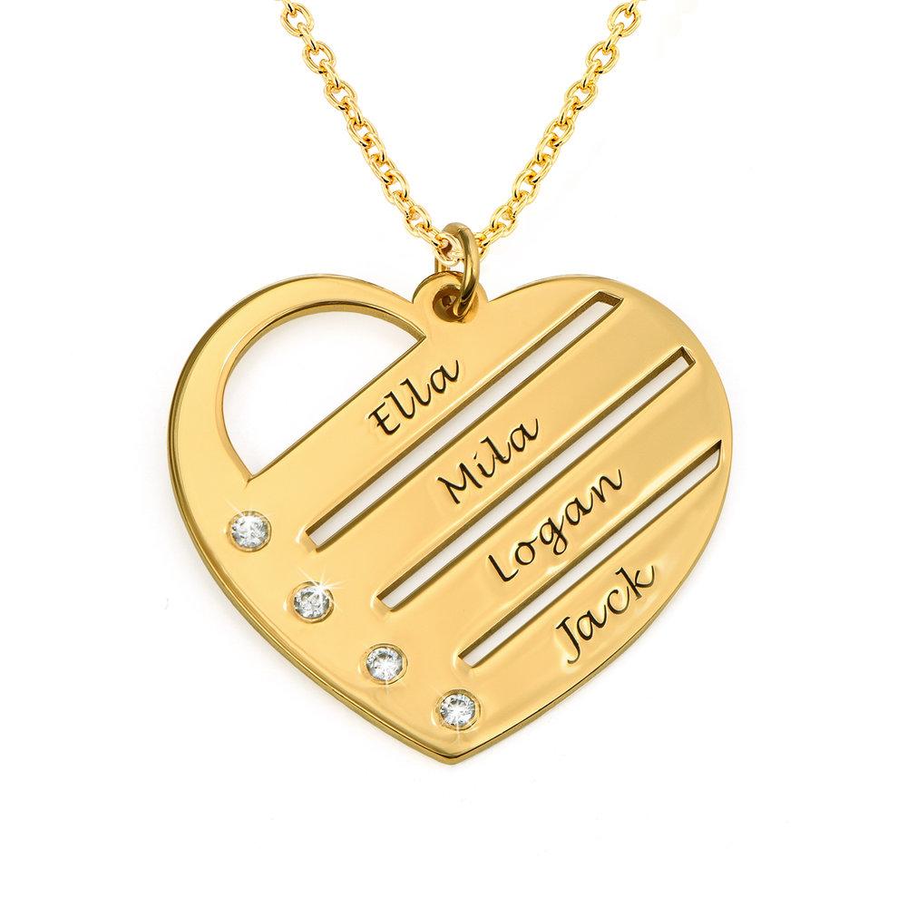 Diamant hjertesmykke med inngraverte navn i 18k gullbelegg