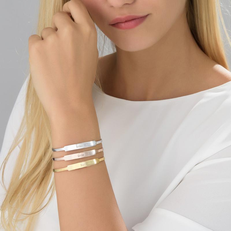 Åpent armbånd med navn i sølv - 2