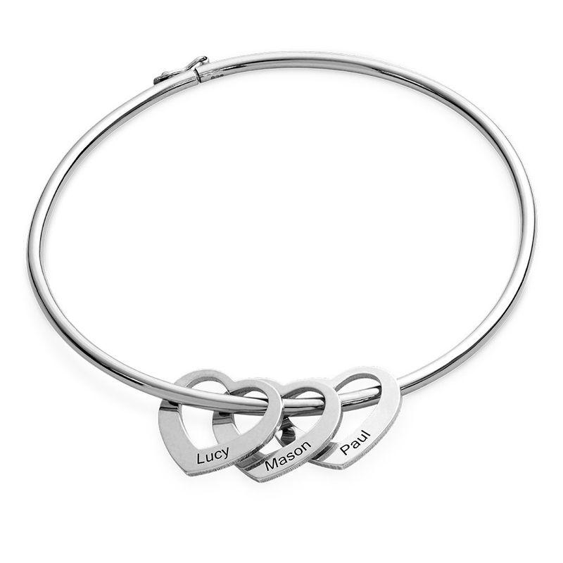 Bangle-armbånd med hjerteformede charms i sølv - 1