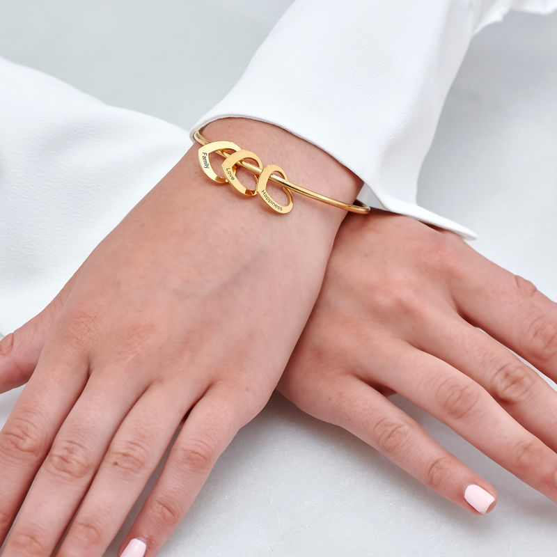 Bangle-armbånd med hjerteformede charms i 18k gullbelegg - 4