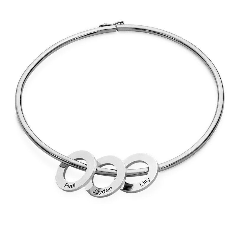 Bangle-armbånd med runde anheng i sølv - 1
