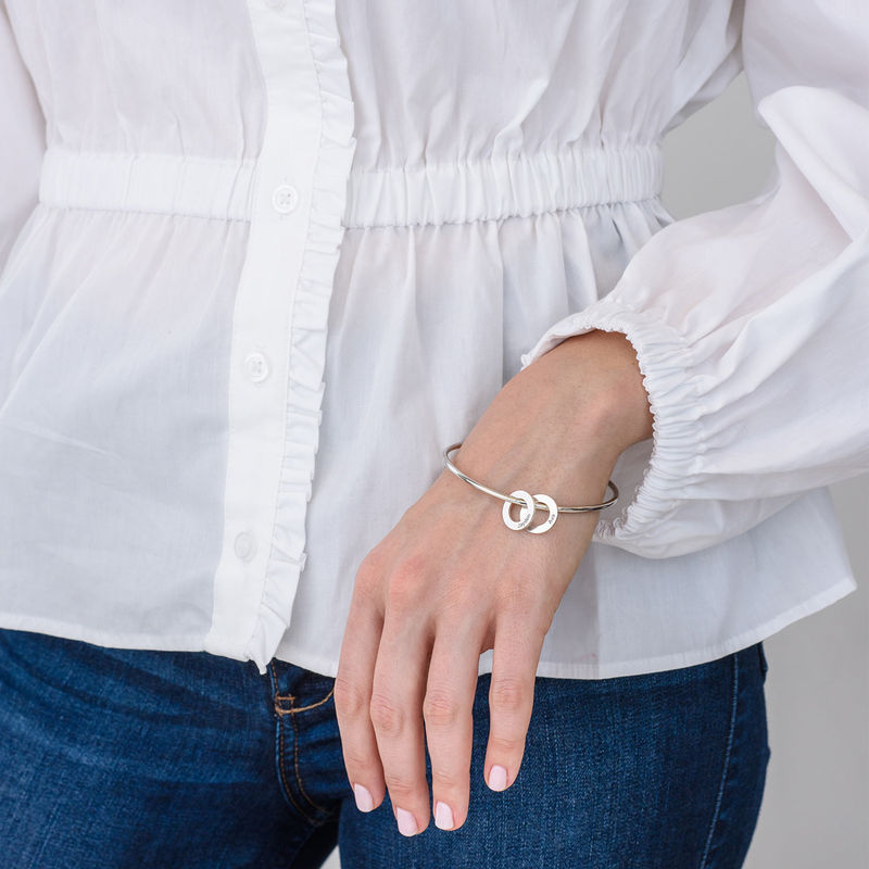 Bangle-armbånd med runde anheng i sølv - 2