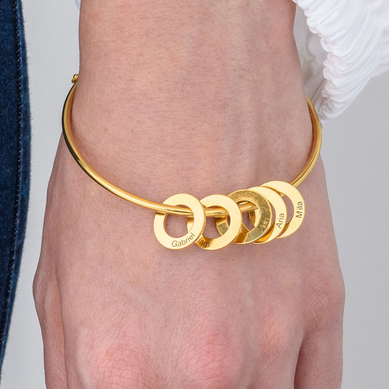Bangle-armbånd med runde anheng i gullbelegg - 3