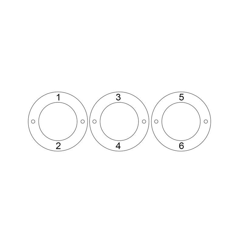 Graveret armbånd med 3 sirkel anheng i sølv - 5