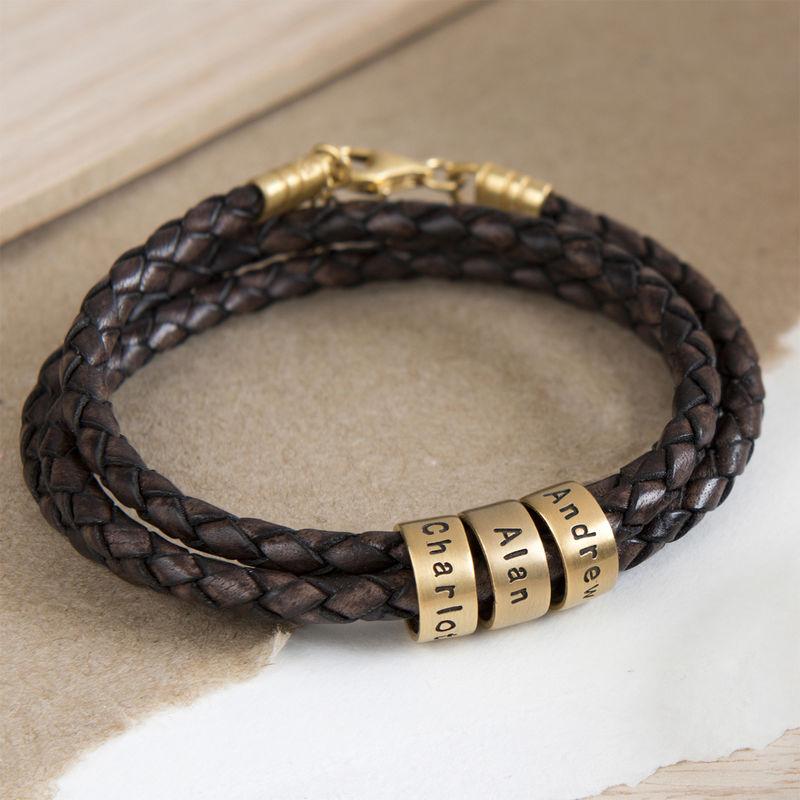 Armbånd til henne i brunt flettet lær med små tilpassede charms i vermeil gull - 4