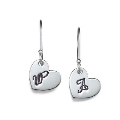 Hjerteformet bokstav øreringer i sølv